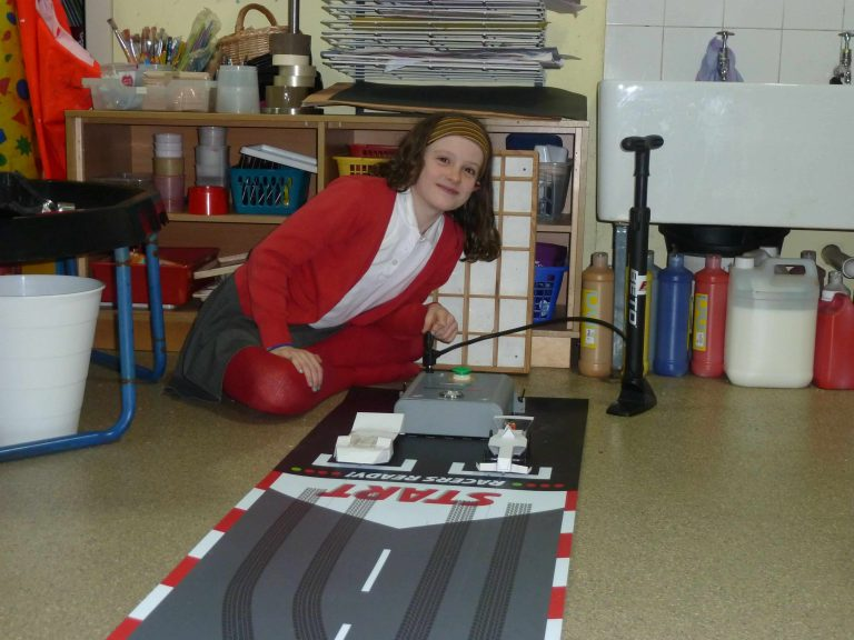 MIDGLEY MOTOR CARS INVOLVED WITH LOCAL SCHOOL PROJECT