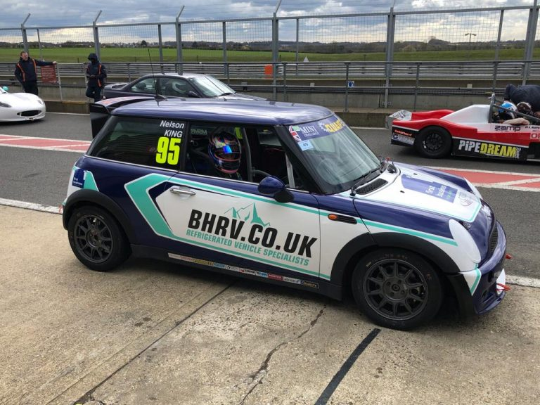 BHRV supporting King in Mini Challenge title pursuit