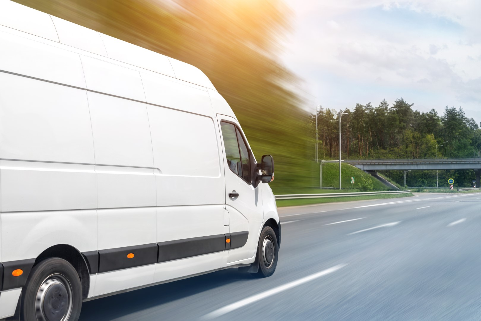 White,modern,delivery,small,shipment,cargo,courier,van,moving,fast - Barnsley Commercial Sales Ltd