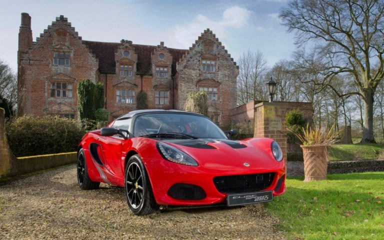 Less mass means more Lotus – the new Lotus Elise Sprint & Sport