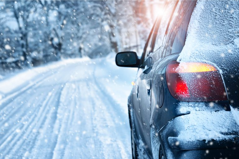 Winter car maintenance guide – our 9 top tips for safe motoring in cold weather